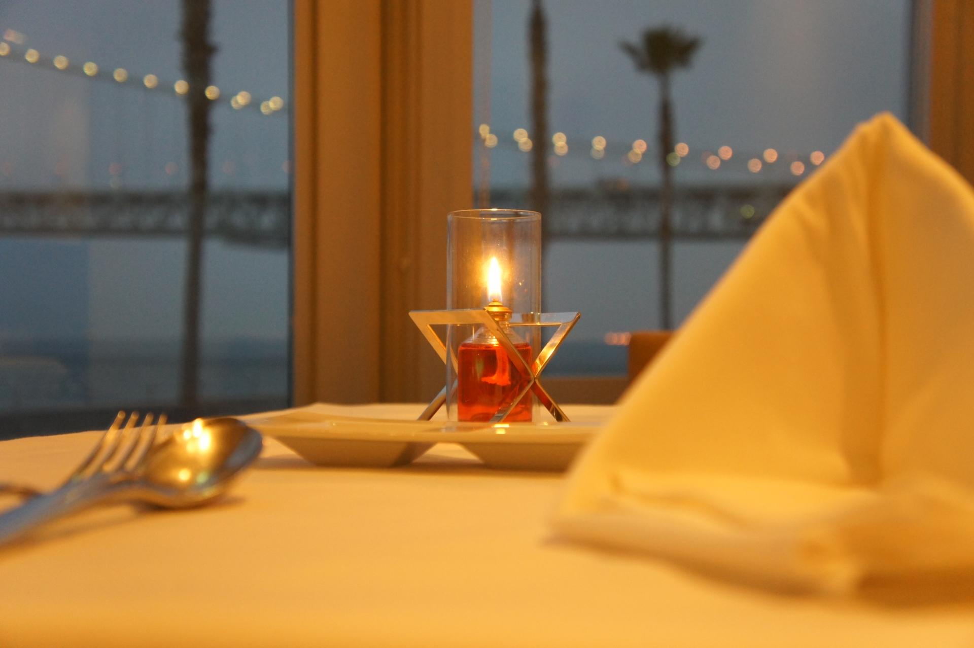 ホテル レストラン バイト